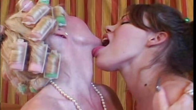 Older Mother I Would Like To Fuck & Youthful Teenage – Mother Drills Prior To Her Meeting