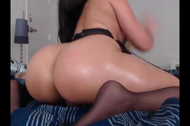 Intercourse Bomb Black-haired In Pantyhose Jerk Ass Fucking Cam Flash